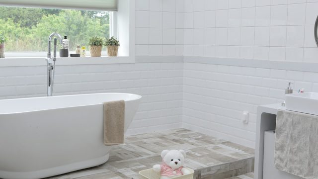 Jak funkcjonalnie urządzić łazienkę